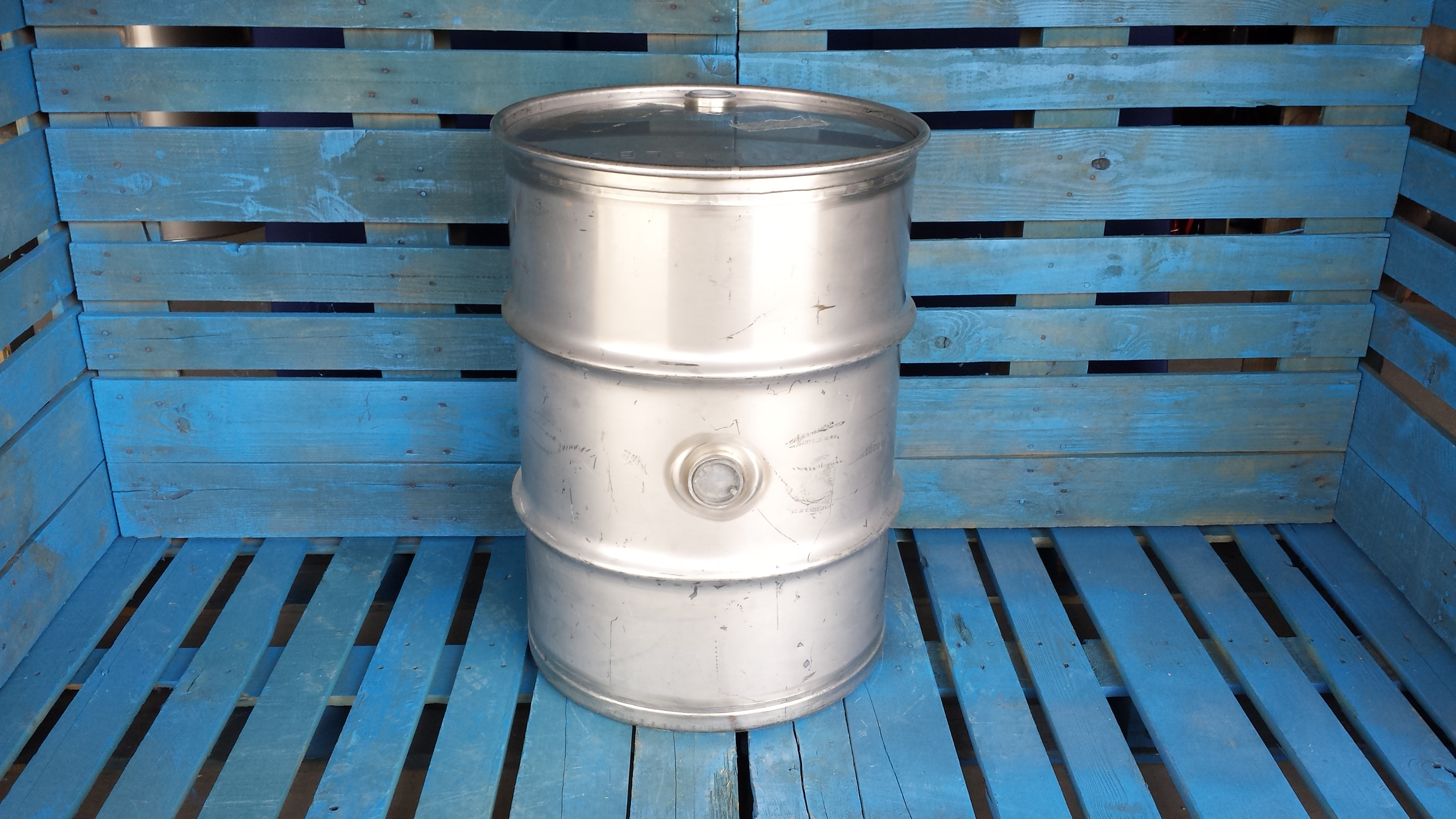 40 Gal 304 Used Stainless Closed Head Barrel With Side Bung 15mm